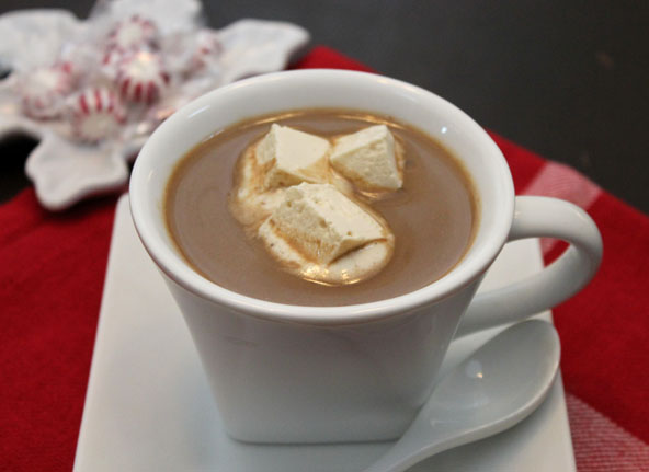 Healthy hot chocolate with healthy marshmallows